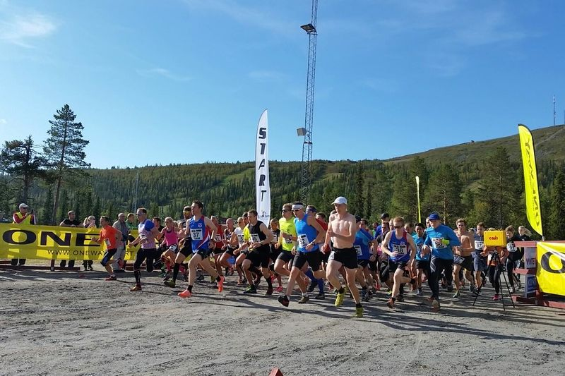 Full fart från start i Dundret Extreme Running.