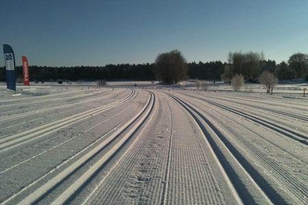 Ny plats för Täby Konstsnöspår är Arninge Golfbana. FOTO: Täby Konstsnöspår.