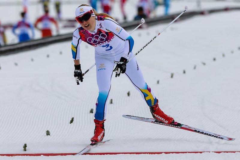 Hanna Eriksson har drabbats av en stressfraktur i ryggen. Här är Hanna under sprintkvalet vid OS i Sotji. FOTO: NordicFocus.