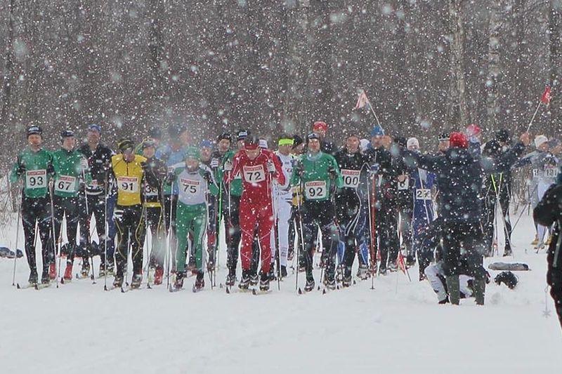 Starten på Norrtäljeklassikern 2014. Nu har loppet bytt namn till anrika namnet Roslagsloppet och genomförs på söndag 15 februari. FOTO: Roslagsloppet.
