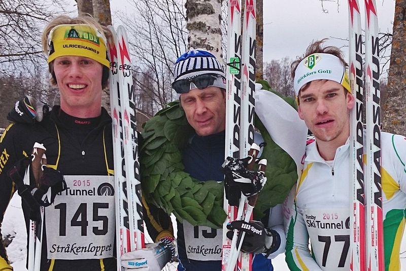 Topptrion på Stråkenloppet. Trean Erik Wickström, ettan Peo Svahn och tvåan Robert Eriksson. FOTO: Mullsjö SOK.