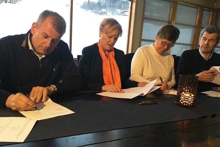 Signering Hafjell som nasjonalanlegg[1].jpg