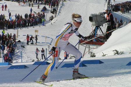 Emelie Öhrstig, som vann VM-guld på sprint i Oberstdorf 2005, blir en del av världscupen i Ulricehamn.