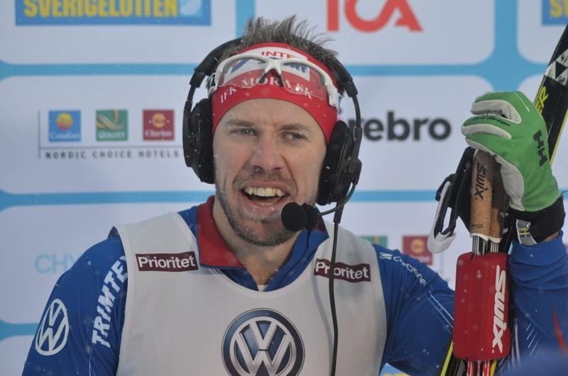 Emil Jönsson åker SM i Gällivare. Här är Emil efter SM-guldet i sprint i Ånnnaboda i fjol. FOTO: Johan Trygg/Längd.se.
