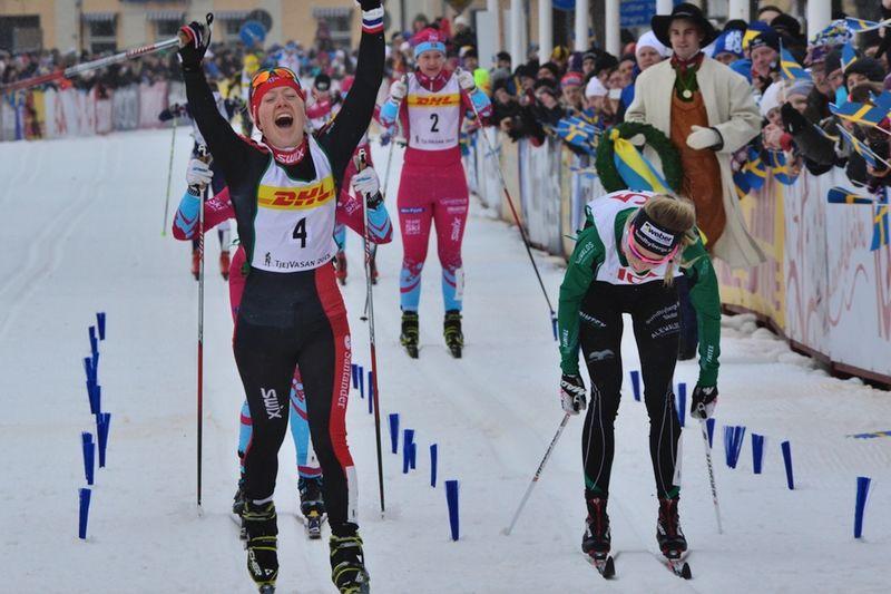 Laila Kveli spurtslog Emilia Lindstedt, Sundbybergs IK, och tog hem Tjejvasan. FOTO: Vasaloppet.