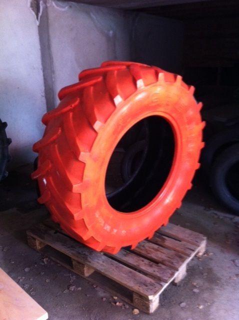 Rødmalt traktordekk