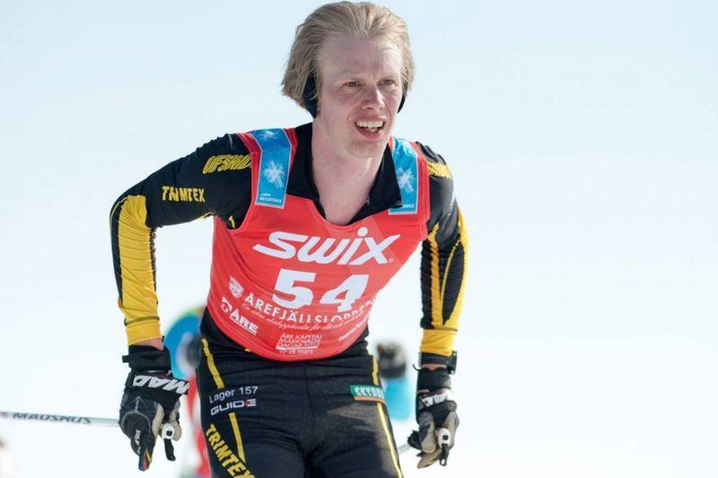 På fredag blir det 6 timmar rullskidor för Erik Wickström (bilden) och Teemi Virtanen som uppladdning för vinterns världsrekordförsök på 24-timmarsskidåkning. FOTO: Magnus Östh.
