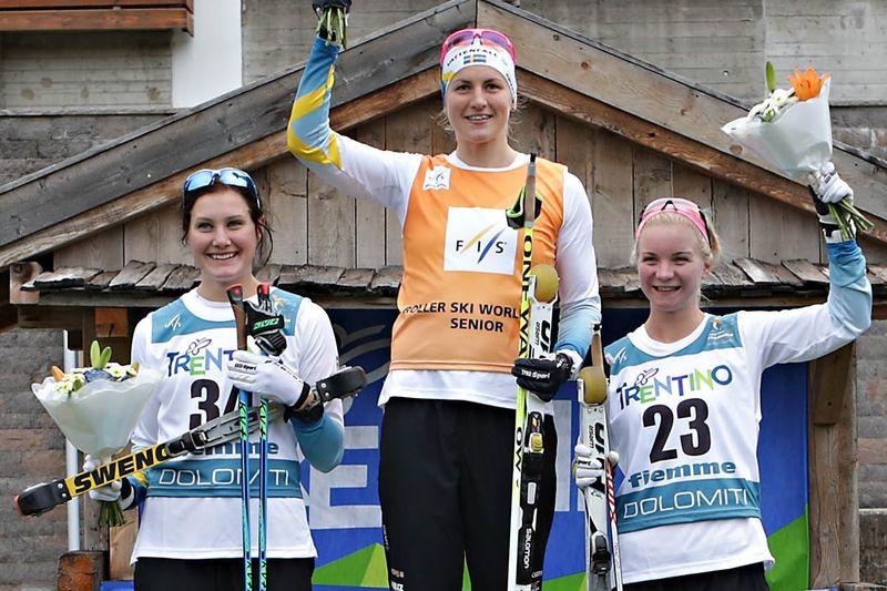 Helsvenskt i damklassen. Marika Sundin tvåa, Linn Sömskar etta och Elin Mohlin, trea. FOTO: Newspower Canon.