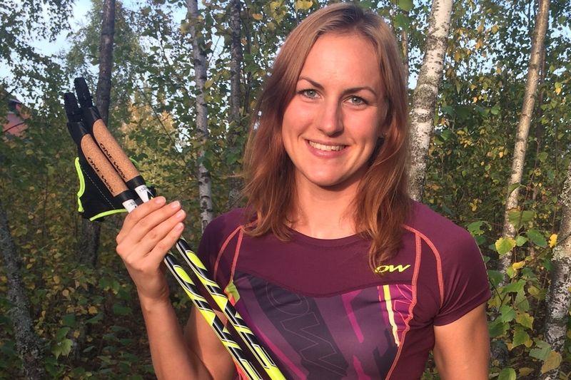 Nyblivna vinnaren av totala världscupen på rullskidor, Linn Sömskar, förlänger sitt avtal med Oneway. FOTO: Oneway.