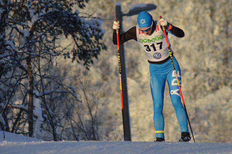 Lina Korsgren byter team och tävlar i vinter för norska Team Lease Plan. Här är Lina i Bruksvallarna i november då åkandes för sin klubb, Åre Längdskidklubb. FOTO: Johan Trygg/Längd.se.