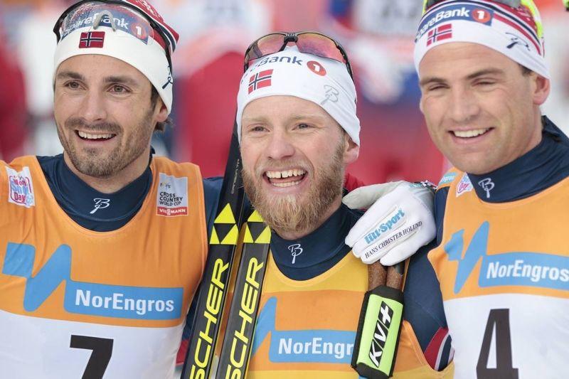 Hans Crister Holund, Martin Johnsrud Sundby och Niklas Dyrhaug. Toppen på den norska dominansen i Lillehammer. FOTO: Modica/NordicFocus.