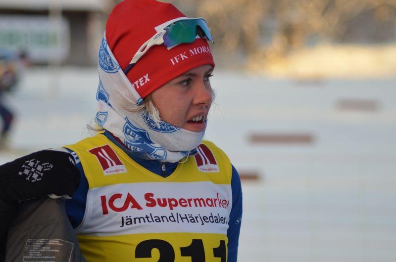 Sara Wadman, IFK Mora vann D 19-20 vid Idre-Särnatävlingarna. FOTO: Johan Trygg/Längd.se.