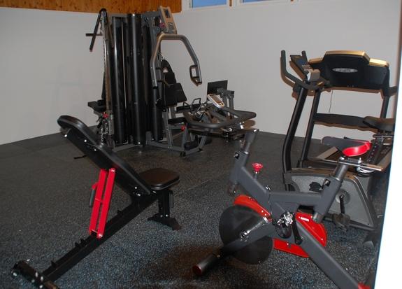 Åpning av treningsrommet i Breivikbotn 051215