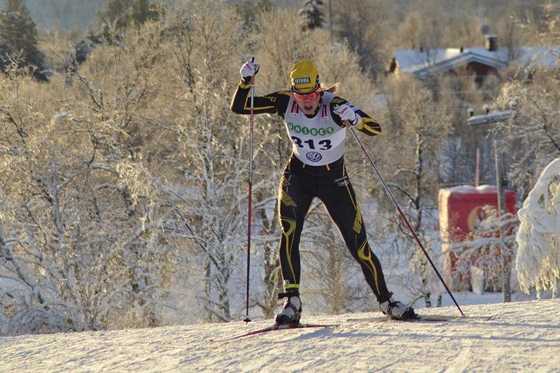 Maria Nordström vann fredagens sprint i Torsby i överlägsen stil. Bilder från säsongspremiären i Bruksvallarna. FOTO: Johan Trygg/Längd.se.