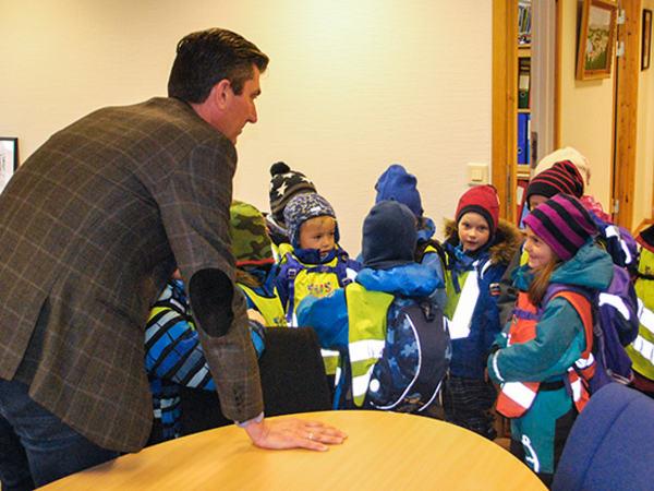 Barnehagebesøk hos ordføreren