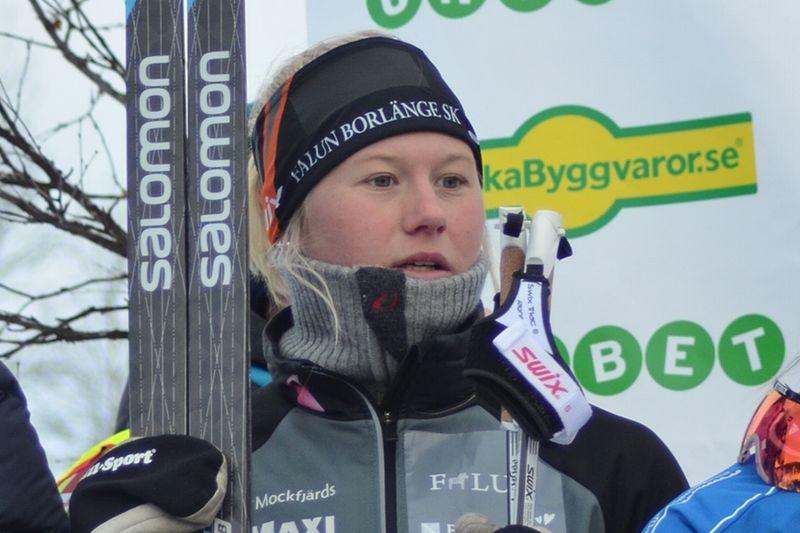 Maja Dahlqvist kliver in i värlscuptruppen till Toblach efter sin sprintseger i Skandinaviska cupen. FOTO: Johan Trygg/Längd.se.