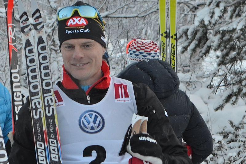 Jimmie Johnsson är klar för Lager 157 Ski Team. Här är Jimmie efter andraplatsen bakom Petter Northug i november 2015. FOTO: Johan Trygg/Längd.se.
