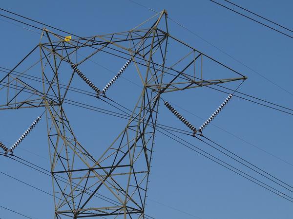 Høyspent mast
