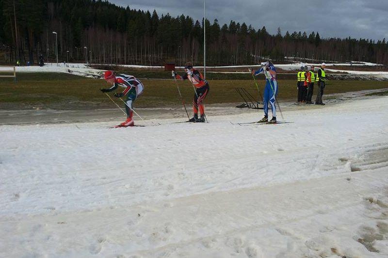 Trots 11 plusgrader på söndagen så kunde Bollnässkidans jaktstart genomföras. FOTO: Rehns BK.