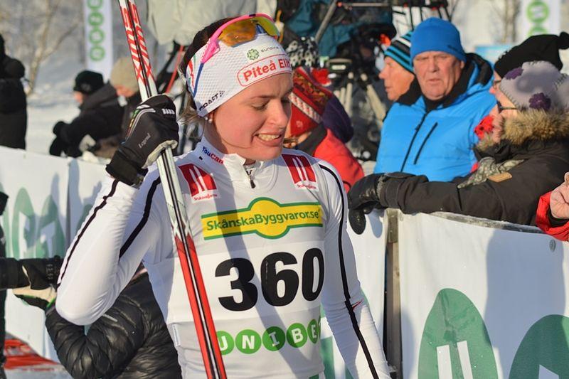 Sofia Henriksson leder Intersport Cup efter fem deltävlingar. FOTO: Johan Trygg/Längd.se.