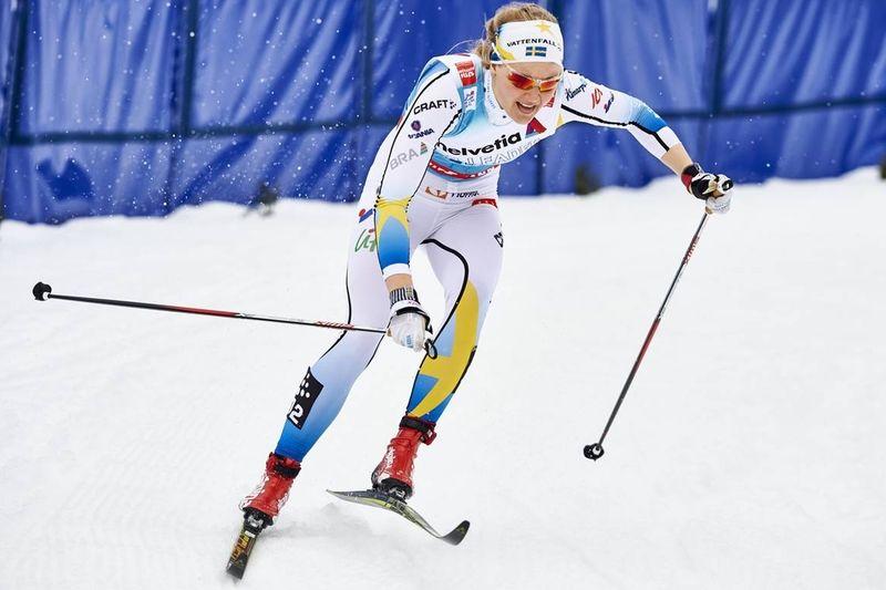 Stina Nilsson spurtade ifrån Astrid U Jacobsen och grejade seger till Sverige i sprintstafetten i Planica. FOTO: Felgenhauer/NordicFocus.