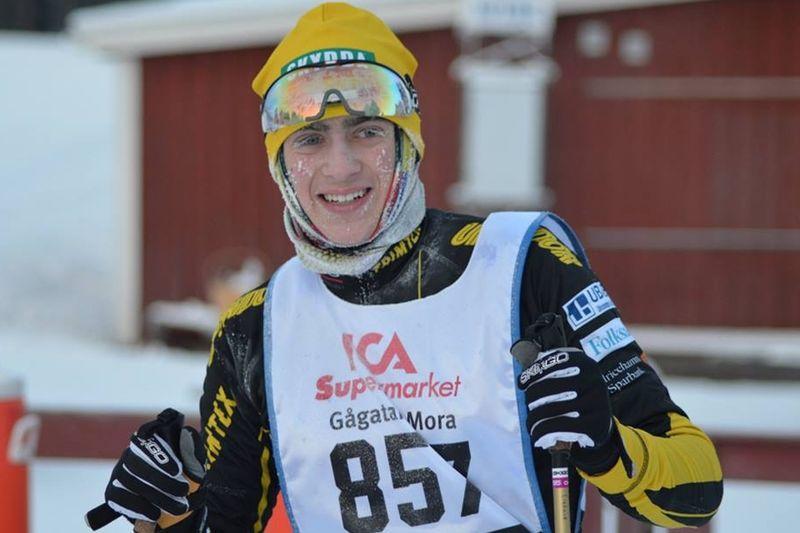 Erik Lieback vann halvsekunden före Leo Johansson i Hudiksvall. FOTO: Johan Trygg/Längd.se.