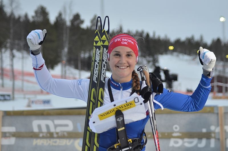 Magdalena Olsson åkte hem SM-guld på skidorienterarnas jaktstart vid Lindbäcksstadion i Piteå. FOTO: Johan Trygg/Längd.se.