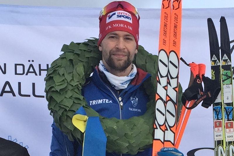 David Frisk leder långloppscupen Björn Dählie Ski Challenge inför avörandet på Skinnarloppet på söndag. FOTO: Västgötaloppet.