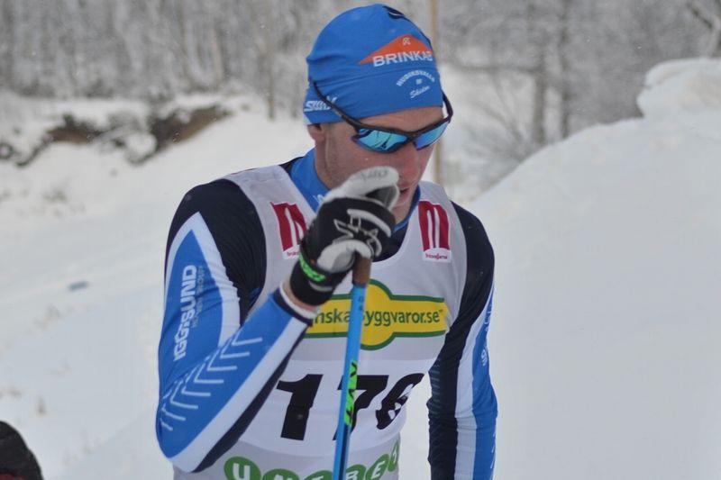 Daniel Richardsson grejade hemmaseger på 10 km i Hudiksvall. FOTO: Johan Trygg/Längd.se.