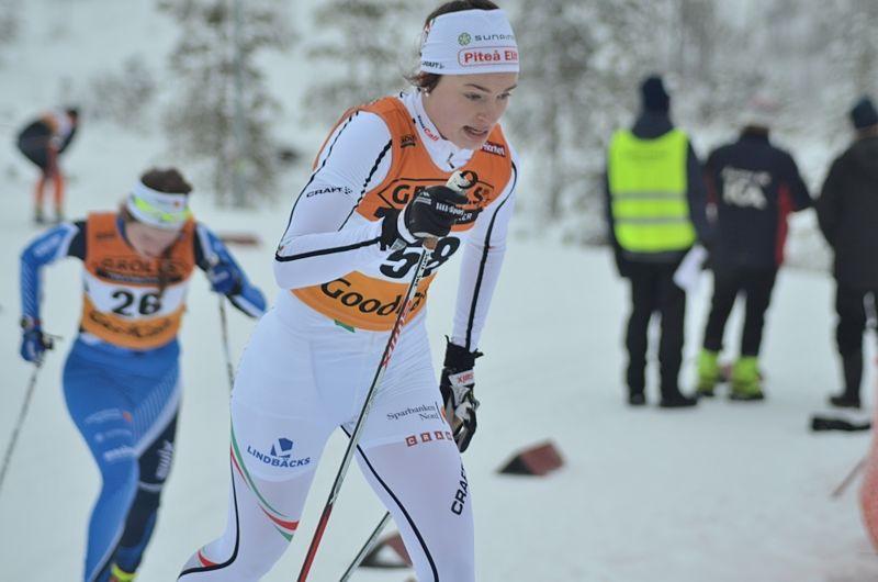 Sofia Henriksson har tilldelats Sixten Jernbergpriset för sina insatser här vid SM i Piteå. FOTO: Johan Trygg/Längd.se.