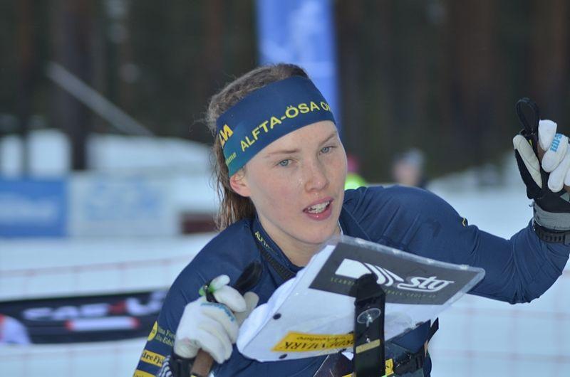 Tove Alexandersson vann guld när EM i skidorientering startade med sprint på måndagen. Här Tove vi SM i Älvdalen häromveckan. FOTO: Johan Trygg/Längd.se.
