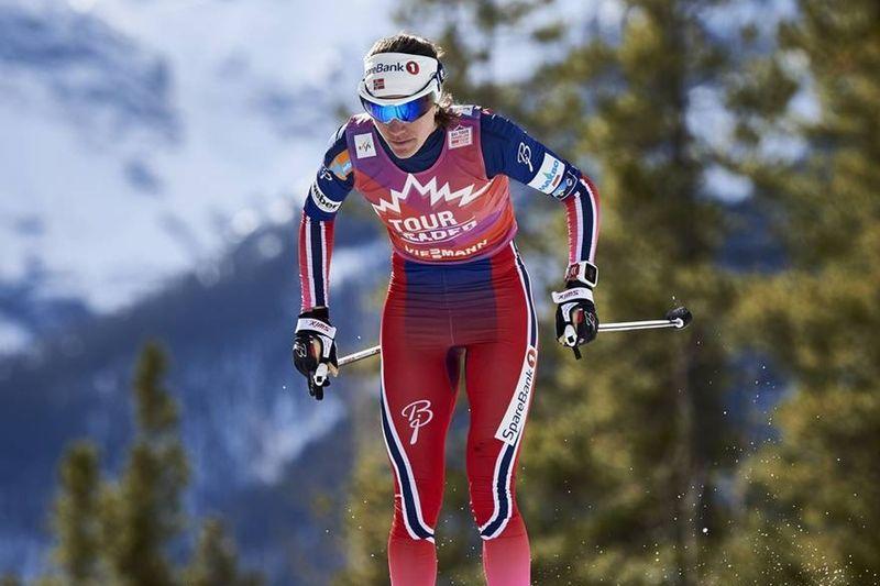Heidi Weng fortsätter att åka starkt i Kanada och vann före Therese Johaug i onsdagskvällens skitahlon. FOTO: Felgenhauer/NordicFocus.