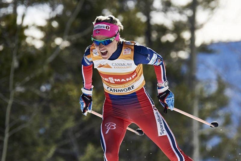 Therese Johaug var omutlig på finalen av Ski Tour Canada. Hon åkte om ikapp och förbi Heidi Weng och vann med över minuten. FOTO: Felgenhauer/NordicFocus.