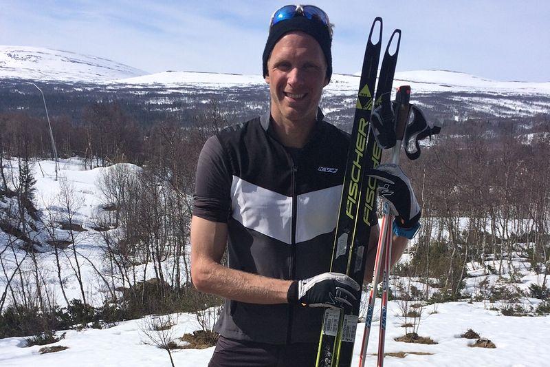 Daniel Richardsson tränar för fullt på snö i Bruksvallarna med sikte på nästa års VM i Lahtis. FOTO: Bruksvallarna.