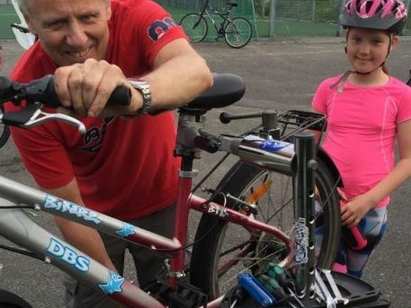 Tengesdal sport stiller opp sykkelettermiddag husabø skole 1