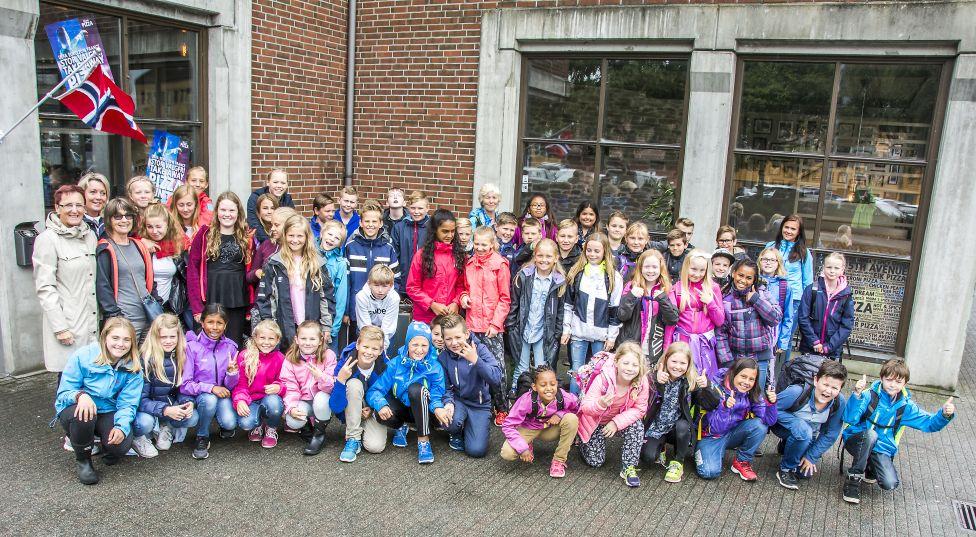 Eigerøy 6. trinn og GB 5. trinn Sykle og gå til skolen premiering foto Erling Svendsen.jpg