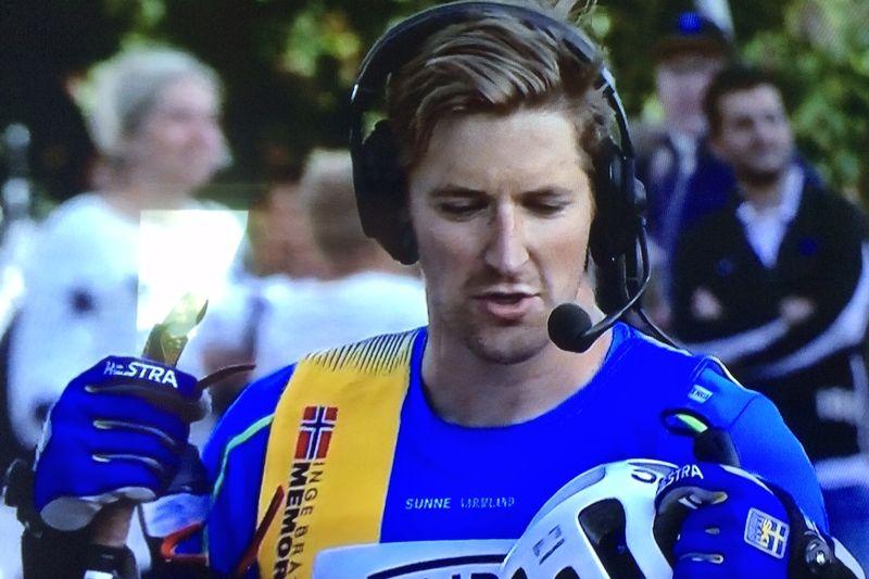 Teodor Peterson intervjuas i TV12 efter seger i Sunne. FOTO: TV12:s sändning.