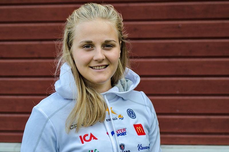 Stina Nilsson älskar livet som skidåkare. Hård träning - och vila, är det det hon gillar mest. FOTO: Linus Trygg/Längd.se.
