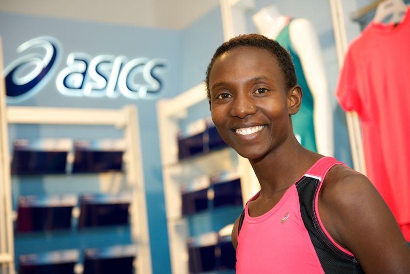 Isabellah Andersson springer Ultravasan den 20 augusti 2016 - första ultraloppet för den svenska maratonspecialisten. FOTO: Asics/Naoko Akechi.