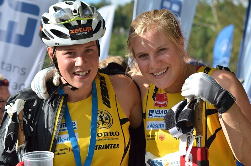 Ulricehamnsduon Maria Nordström och Hanna Falk utmanövrerade långloppsessen och alla andra på Alliansloppet. FOTO: Johan Trygg/Längd.se.