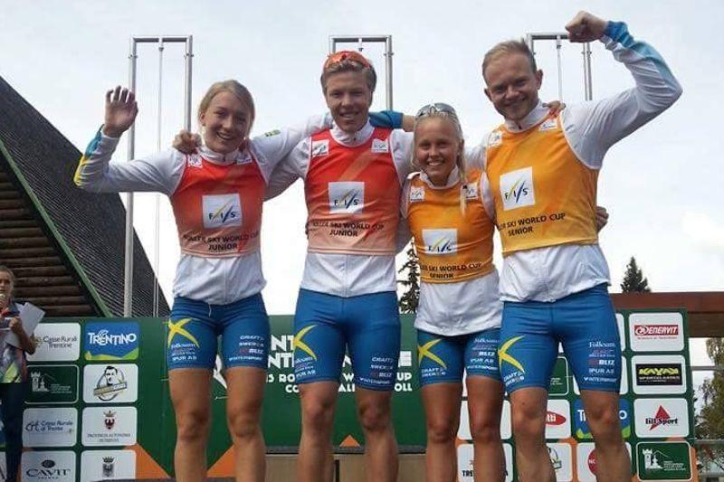 En svensk kvartett totalvinnare av världscupen på rullskidor: Emma Larsson, Marcus Fredriksson, Sandra Olsson och Robin Norum. FOTO: Svenska Skidförbundet.