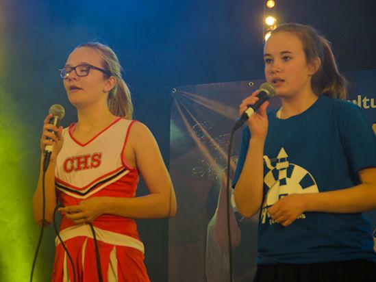Fyrfestivalen 2015 - 20150529- Fyrfestivalen 2013-Torvet- Kjersti og type-241