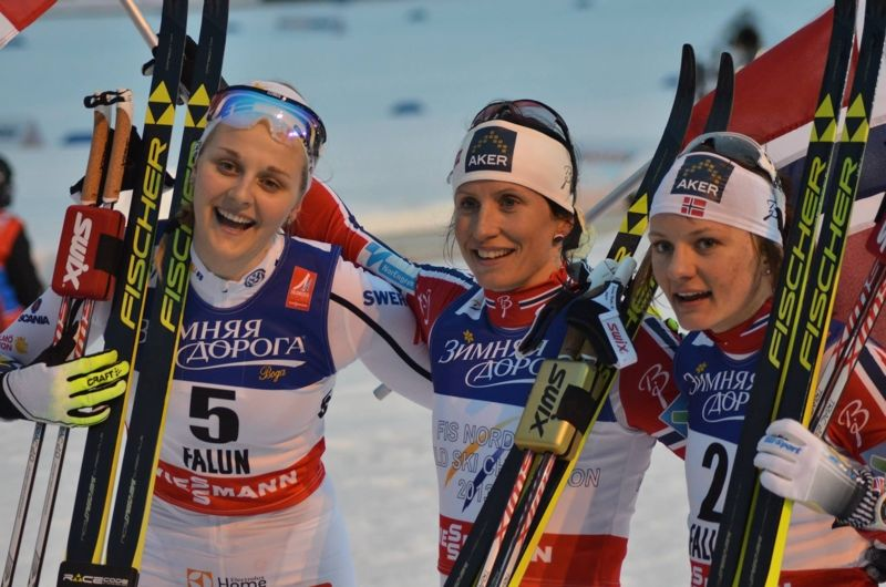Det planeras för en svensk-norsk skidtour 2020 - med start i Skottland. Bilden från VM-sprinten i Falun med Stina Nilsson, Marit Björgen och Maiken Caspersen Falla. FOTO: Johan Trygg/Längd.se.