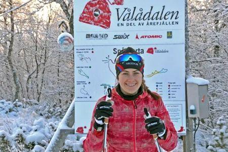En av Sveriges mest lovande längdåkare, Ebba Andersson, har valt att samarbeta med Vålådalens Fjällstation. FOTO: David Andersson.