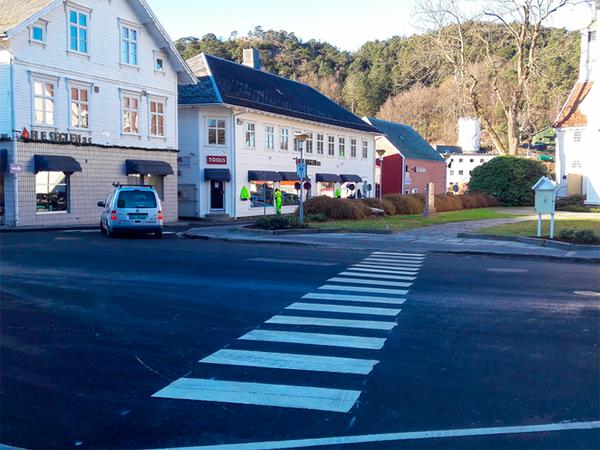 Veien mellom Egersund kirke og torget