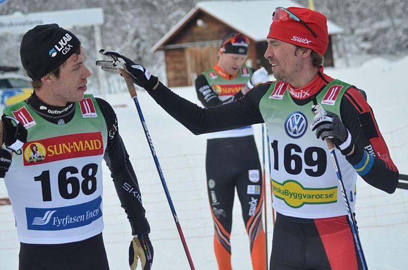 Marcus Hellner och Johan Olsson direkt efter målgång. FOTO: Johan Trygg/Längd.se.