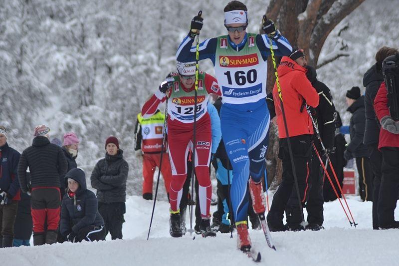 Anton Lindblad, Hudiksvalls IF, vann Intersport Cup förra vintern. Här är Anton vid säsongspremiären i Bruksvallarna. I helgen drar cuptävlandet igång igen, på Idre Fjäll. FOTO: Johan Trygg/Längd.se.