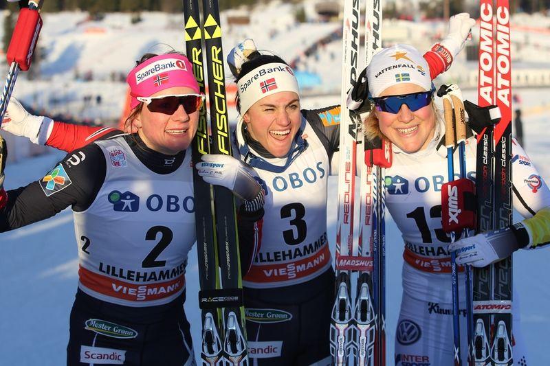 Maiken Caspersen Falla, Heidi Weng och Hanna Falk skiner ikapp med solen efter sprinten i Lillehammer. FOTO: GEPA pictures/ Matic Klansek © Bildbyrån.