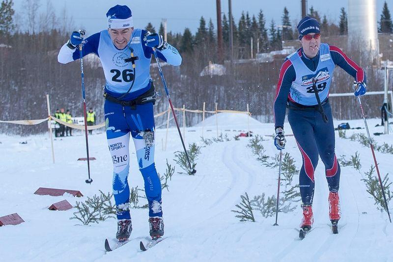 Björn Rydvall vann Föllingeloppet precis före Johan Lövgren. FOTO: Lars Rönnols.