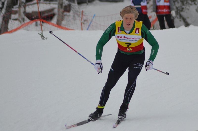 Axel Aflodal, Sundbybergs IK, tog hem sprinten i H 17-20 i Bruksvallarna. FOTO: Johan Trygg/Längd.se.